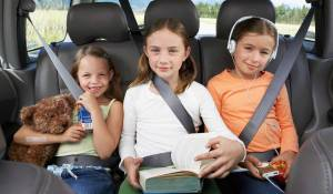 TrueCar_Allstate_Family-car-safety_three-kids-backseat_Thinkstock-200299934-001