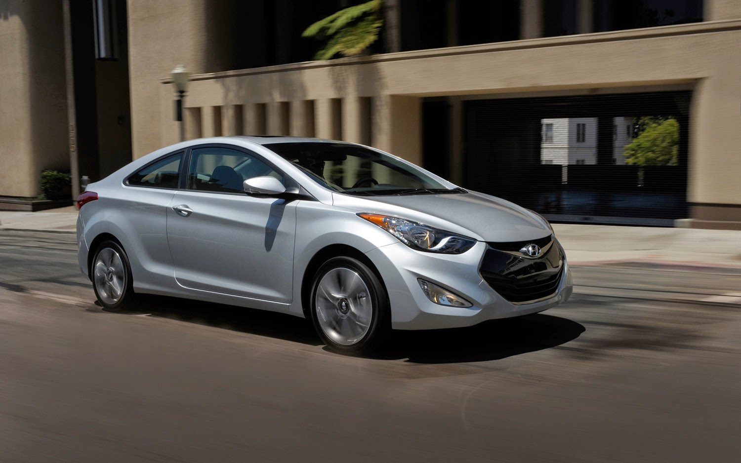 2015 hyundai elantra packed with value for shoppers country hills hyundai. Black Bedroom Furniture Sets. Home Design Ideas