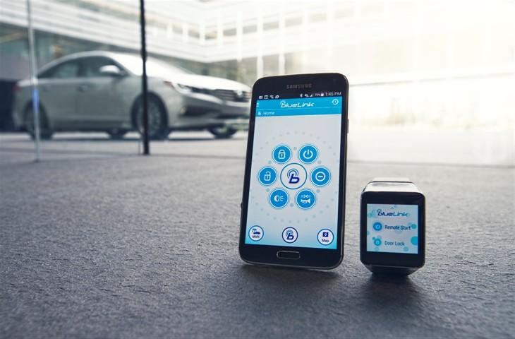 Blue Link Smartwatch Country Hills Hyundai